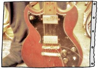guitar_onthe_street